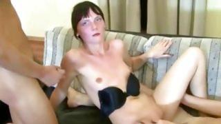 Homemade porn including a lustful girlfriend giving a blowjob