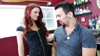 Strong muscular guy wishes fuck an amazing redhead