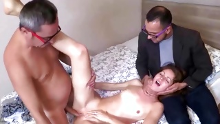 Perfect free porn where guy clapping her ass during the deepthroat
