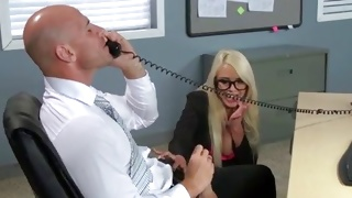 Big tittied chick is screaming while fucked on free porn